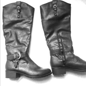Xhilaration Fashion boots